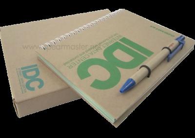 สมุดไดอารี่ ปกรีไซเคิล A5+ปากกา+Post-it+Note flag+Box
